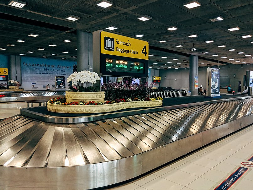 Airport Luggage Conveyor Belt